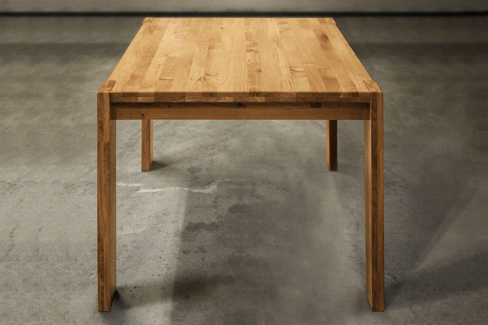 Stół JAMES z dostawkami z litego drewna