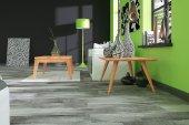 Stolik MOVE z litego drewna