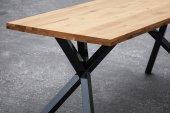 Stół OXIDE nierozkładany z litego drewna i stali