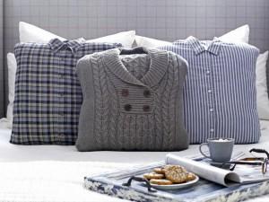 Poszewki zrobione ze swetrów i koszul