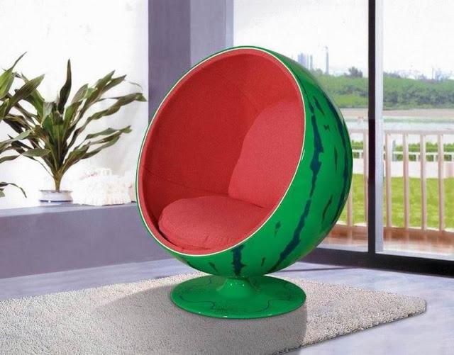 Nowoczesny projekt fotela w kształcie arbuza
