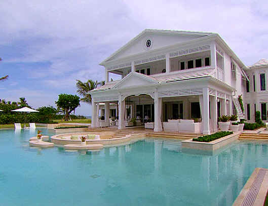 Celine-Dions-waterpark-house-pool-front