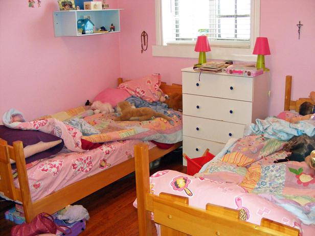 HUSEL103-BedroomBefore-s4x3_lg
