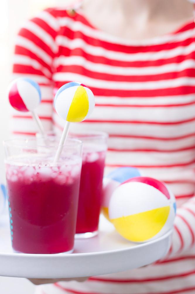 Beach-Ball-Drink-Stirrers-DIY
