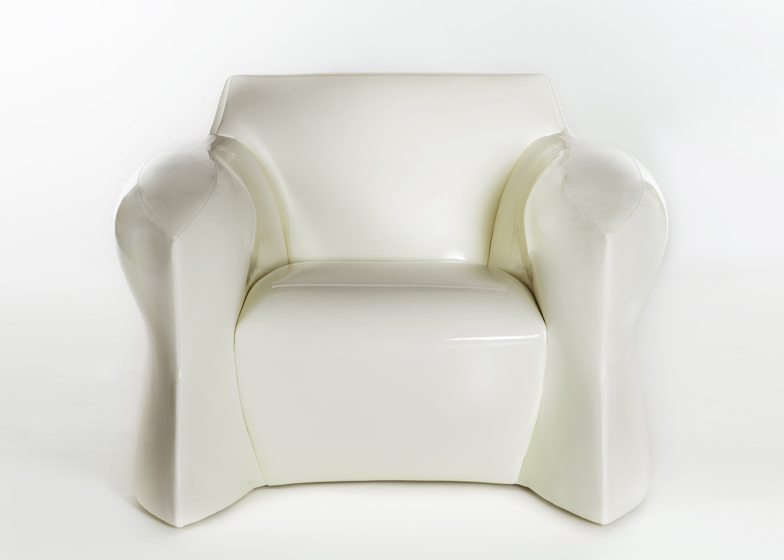 Plastikowy fotel, Fot. Pitt-Pollaro