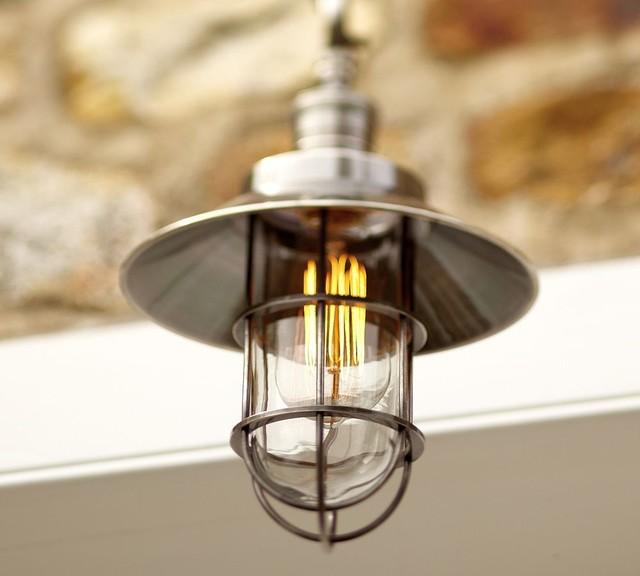 Lampion zewnętrzny wiszący, wykorzystany w oświetleniu wnętrza