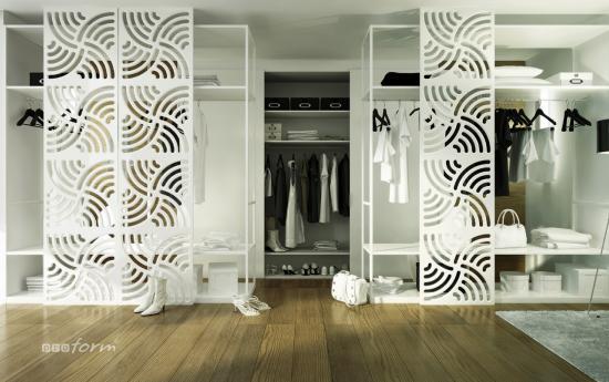Ażurowe drzwi przesuwane od garderoby