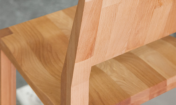 Słoje drewnianego krzesła