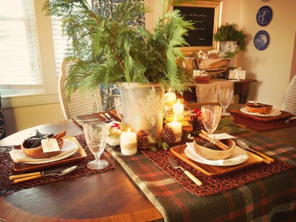 Stół w kolorach khaki