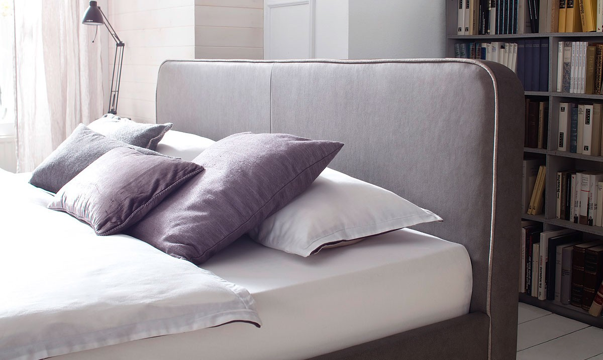Łóżko z ekoskóry Blaise