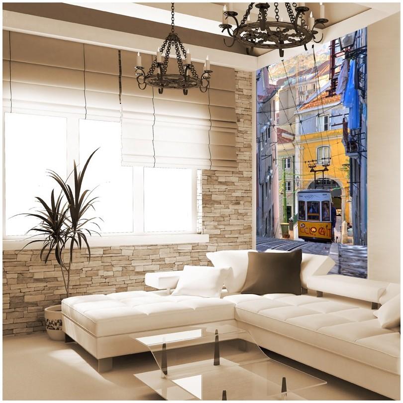 Fototapeta imitująca cegłę na jednej ścianie, a na drugiej wizerunek Lizbony