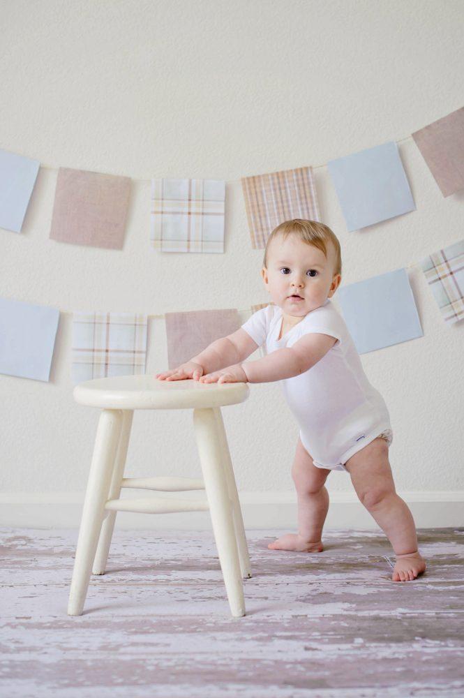 Meble bezpieczne dla dzieci — jak dostosować mieszkanie do potrzeb malucha?