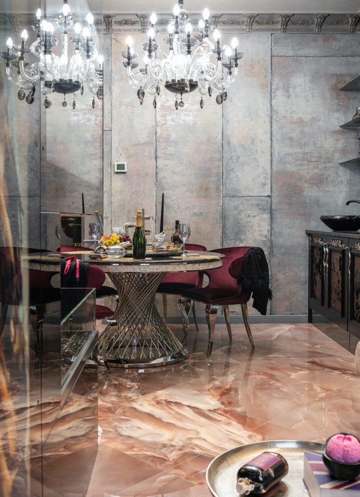 Elegancki stolik kawowy i krzesła