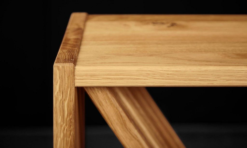 Meble z drewna - konsola