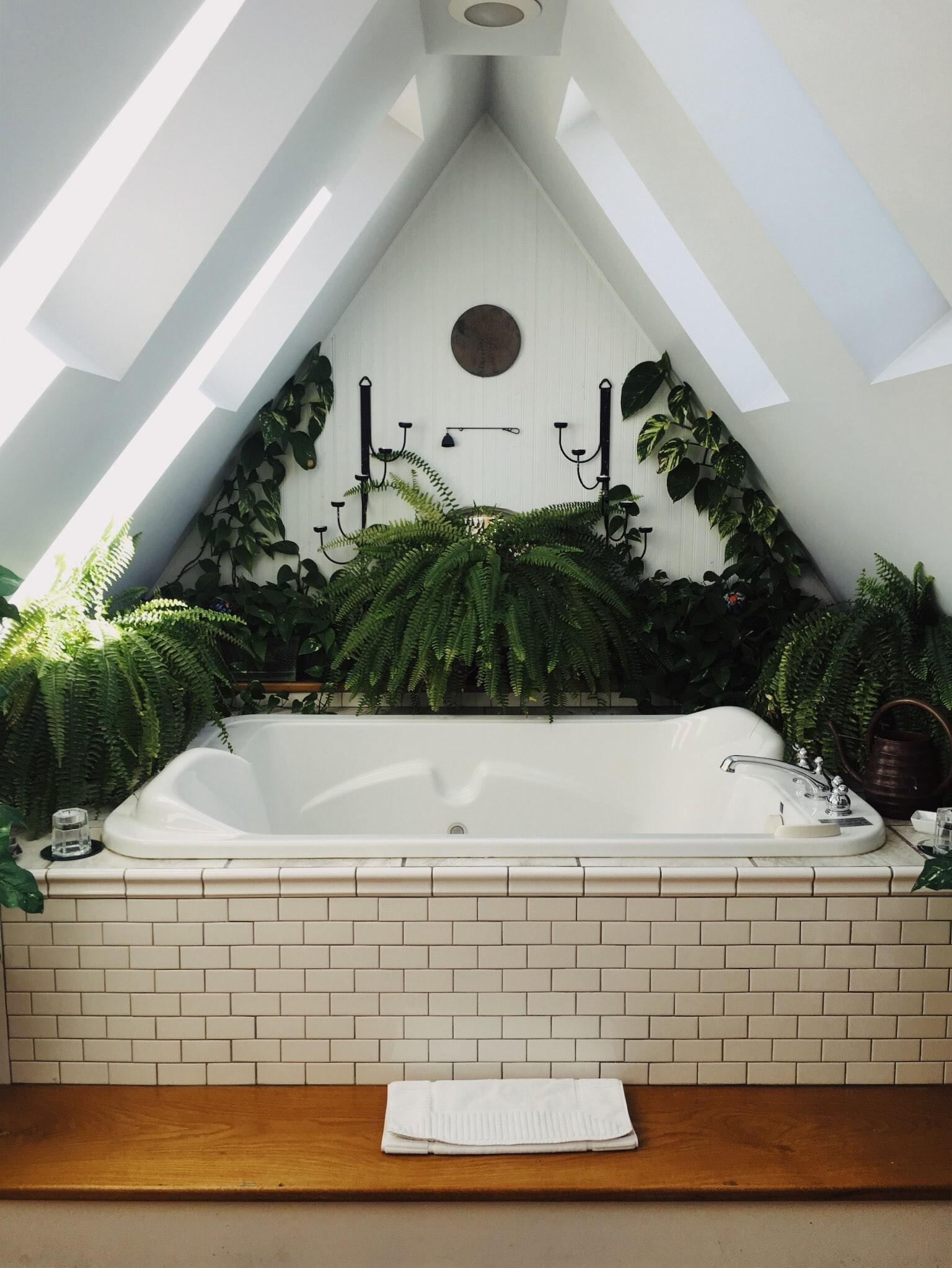 Drewniane elementy w łazience