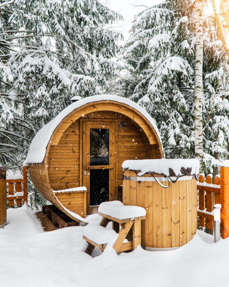Fińska sauna w domu – zdrowy relaks w zasięgu ręki