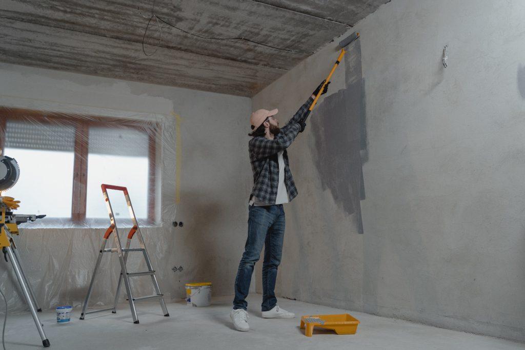 Malowanie mieszkania / mieszkanie w stanie deweloperskim