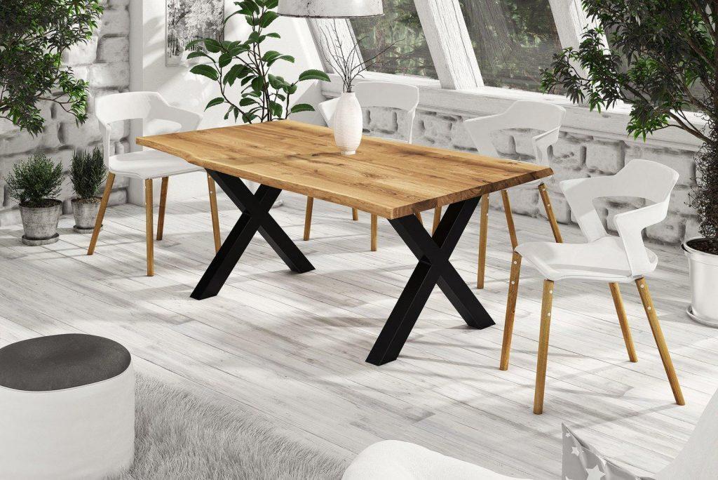 Drewniany stół do jadalni live edge